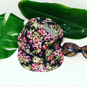 Wet Seal Floral Hat one size